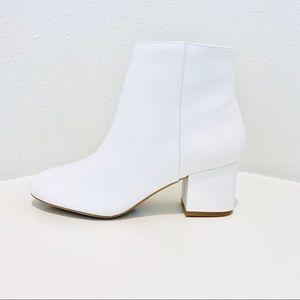 Aldo White Leather Ankle Boots/Sz:7.5/ NWT
